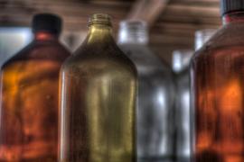 Intoxicación mortal masiva por alcohol contaminado en la India
