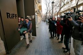 Una pareja de Mahón, entre los intoxicados del restaurante Riff de Valencia