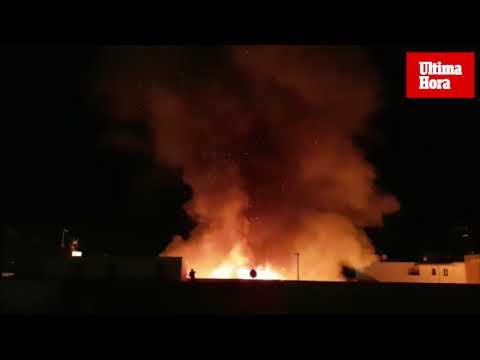 Voraz incendio en el Port de Pollença