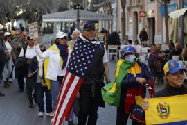 Unas setenta personas se manifiestan en Palma por Venezuela