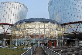 La Justicia europea pone en duda la legalidad del 'céntimo sanitario'