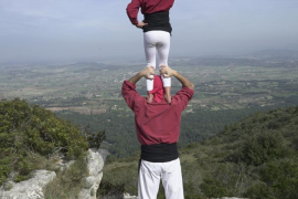 Los Castellers de Mallorca apelan a su #InstintGrana y salen del letargo