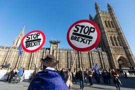 Los laboristas impulsarán un segundo referéndum para evitar «un Brexit conservador dañino»