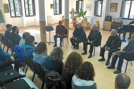 El obispo «tranquiliza» a los empleados, profesores y padres de alumnos de Lluc