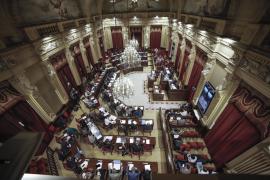 El Parlament balear aprueba la Ley que regula los referéndums municipales no vinculantes