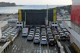 Los 'rent a car' prevén que este verano habrá 20.000 coches menos por la caída del turismo