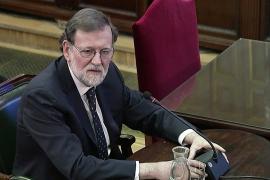 Rajoy: «No iba a liquidar la soberanía nacional con un referéndum»