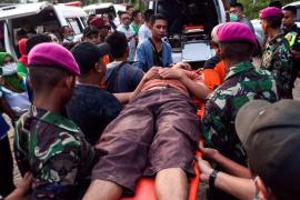 Seis muertos y 35 desaparecidos al hundirse un mina ilegal en Indonesia