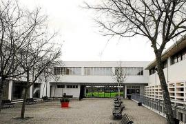 El instituto de Sineu se queda sin policía para regular el tráfico