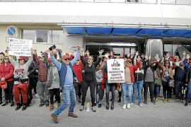 Huelga de limpieza en el aeropuerto en Semana Santa