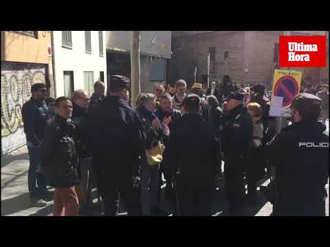 Tensión entre independentistas y unionistas en la celebración del 1 de marzo en Palma