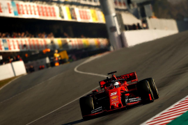 Ferrari domina la pretemporada en el circuito de Montmeló, pero Mercedes ya muestra colmillo