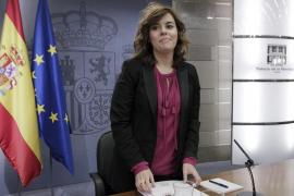 El Gobierno rectifica a Montoro y asegura que España cumplirá con el déficit del 4,4%
