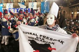 El Gobierno estudia denunciar los carteles de presos en la fiesta donostiarra