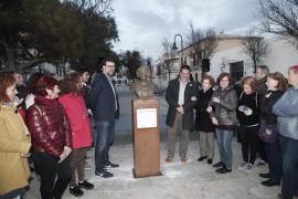 Cort y el Consell de Mallorca inauguran el busto de Aurora Picornell