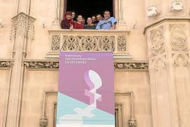 Catorce ayuntamientos se alían contra la violencia de género