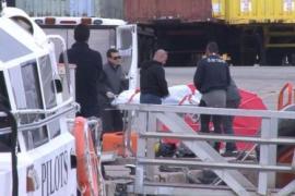 Fallece en Ibiza un operario que realizaba tareas de mantenimiento bajo las aguas del puerto