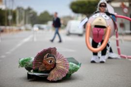 La rúa de Carnaval de Santa Eulària, en imágenes (Fotos: Daniel Espinosa).