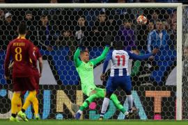 El Oporto elimina en la prórroga al Roma y accede a cuartos de final