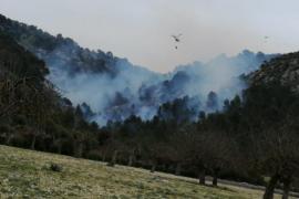 Lucha contra el fuego en Son Ordines, Alaró
