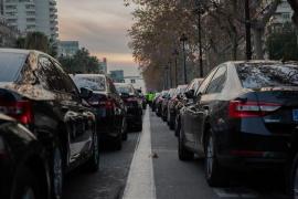 Cabify vuelve a Barcelona como operador de VTC y sorteando los 15 minutos de antelación