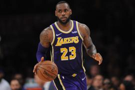 LeBron supera a Jordan como cuarto mejor anotador de la NBA