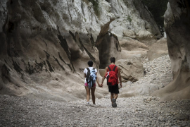 La caída de un gran bloque de piedra desaconseja el descenso del torrente de Pareis
