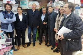 Coll promete acabar con la venta ambulante, los graffitis y la suciedad de la ciudad en Palma