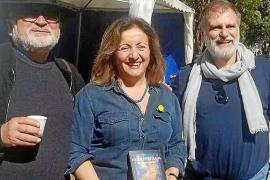 Ramon Mayol debuta en la novela con '#IbizaEstrellada', una crítica a la situación actual de nuestra isla