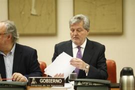 El exministro Íñigo Méndez de Vigo anuncia que abandona la política