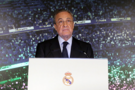 Florentino Pérez: «La pasión de Zidane por el Real Madrid le vuelve a unir a nuestro destino»