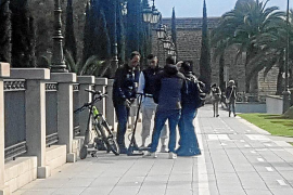 Colisión entre una bici y un patinete eléctrico en el Paseo Mallorca