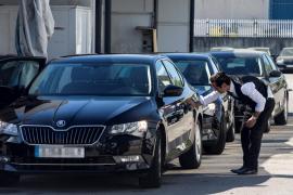 El Parlament aprueba la normativa para la actividad de las VTC en Baleares
