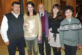Fiesta sorpresa para celebrar el 80 aniversario de Jaume Enseñat