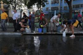 Venezuela asegura que el apagón está «solventado» pero que «la guerra eléctrica continúa»