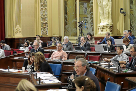 Armengol incluye a todos los consellers socialistas de su Govern en las candidaturas