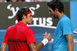 Federer celebra con victoria su partido 1.000 y se mete en semifinales del Open de Australia