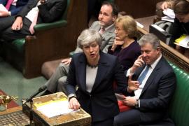 El Parlamento británico rechaza un 'Brexit' sin acuerdo por solo cuatro votos