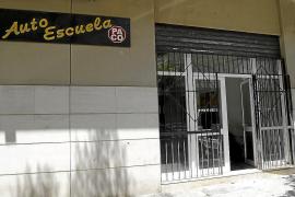 Imputan a un profesor de autoescuela de Palma en la trama de los carnets falsos