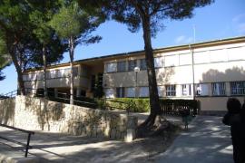 Cinco alumnos de un colegio de Peguera, evacuados a Son Espases por inhalación de gases