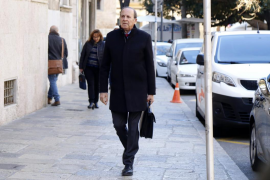 El PP acusa de parcial al tribunal del 'caso Over'