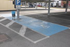 Las personas con discapacidad titulares de la tarjeta autorizada de estacionamiento tendrán descuento de residente