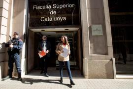 El PP y Ciudadanos denuncian a Torra ante la Fiscalía por no haber retirado los lazos amarillos