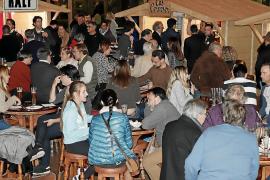 Buen ambiente en la Feria de la cerveza artesanal de Mallorca