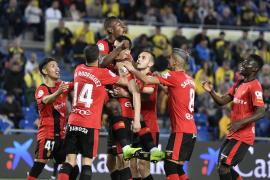 El Real Mallorca da un golpe de autoridad y se instala en playoff