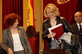 Rado es elegida presidenta del Parlament mientras el PP se mofa de Antich y el Bloc por pactar con UM