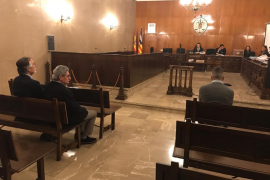 Admite 12 años de prisión por matar a su madre en Ciutadella en 2016