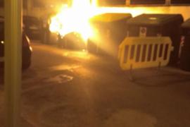 Arde un contenedor junto a la escuela de idiomas de Palma