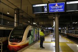 Reanudado con normalidad el servicio del tren tras el incendio de un vagón en Palma