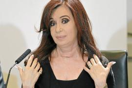 Fernández reanuda su actividad con críticas a las petroleras y al Reino Unido
